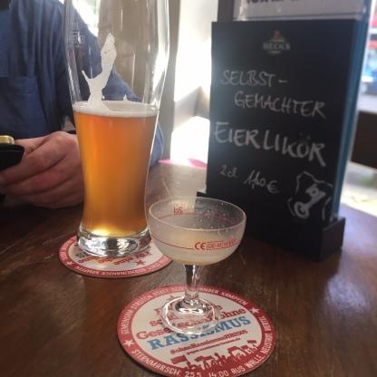 Kein Bier für Nazis-auch kein Eierlikör oder Seifenblasen
